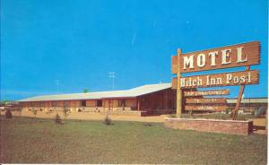 The_Hitch_Inn_Post_Motel_and_Cabriolet_Restaurant 2